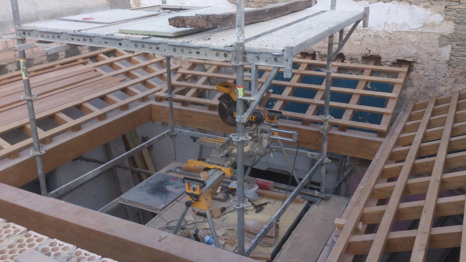 Cubierta plana madera casa de madera heidi de x cm for Cubierta piscina transitable